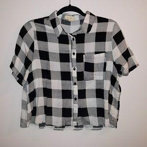 Cropped gingham print button down shirt